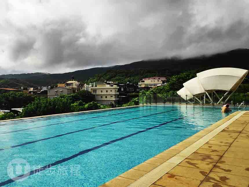 福隆福容飯店泳池