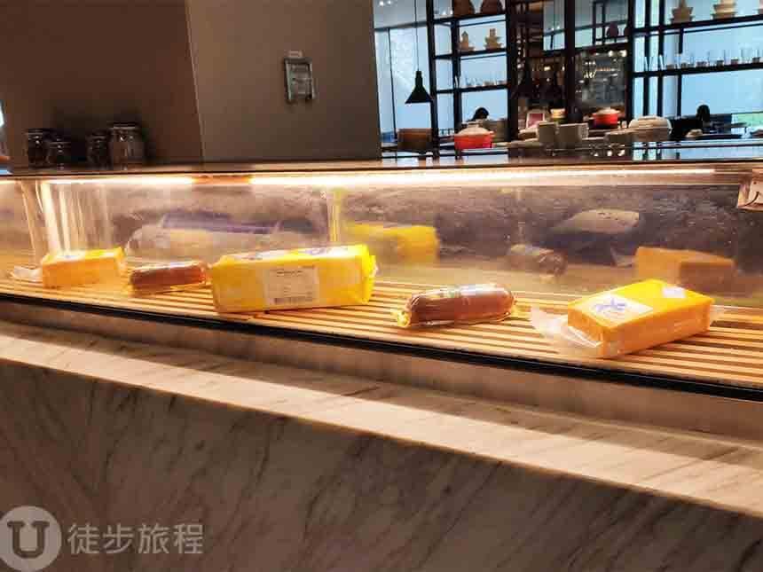 早餐 台南飯店 大員黃冠假日酒店